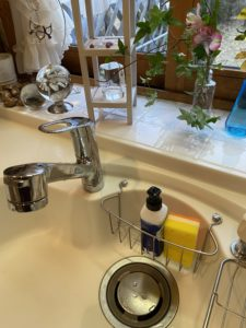 洗面所水漏れ