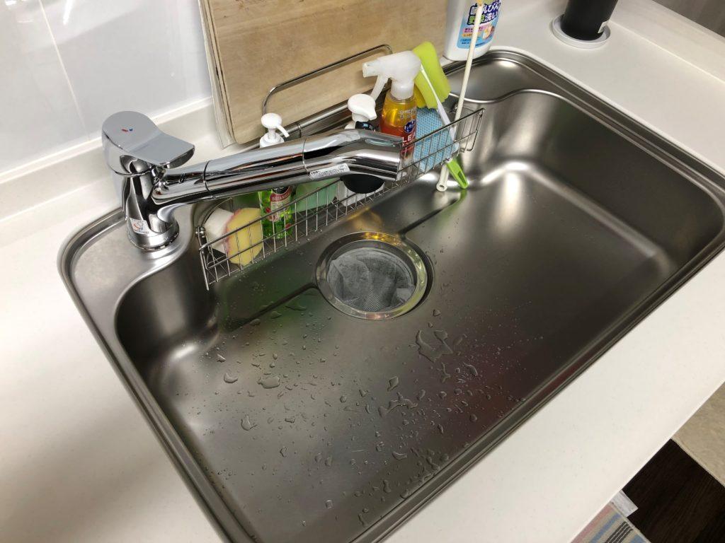美唄市で台所の排水ホースより水漏れ