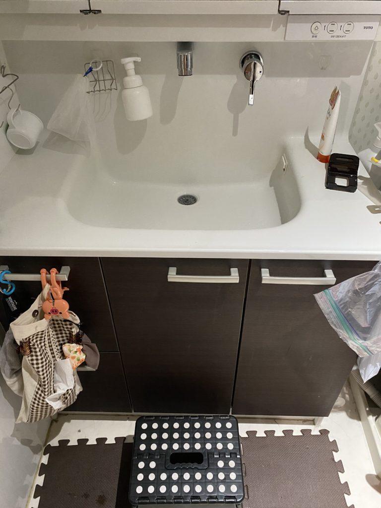 札幌市厚別区で洗面所の排水つまり修理を行いました。