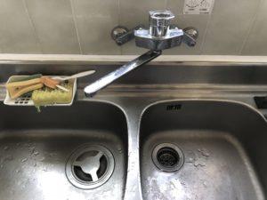 台所壁水漏れ