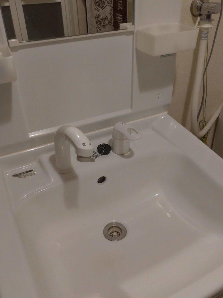北海道札幌市で洗面蛇口の水漏れ修理を行いました。
